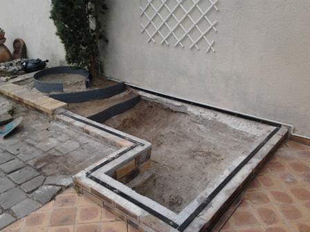 Petit bassin proche d 39 une terrasse for Petit bassin pour terrasse